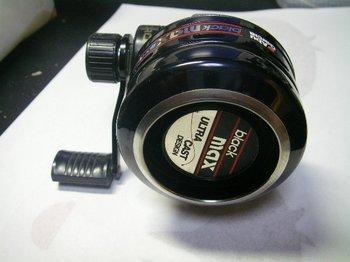 abu006.jpg